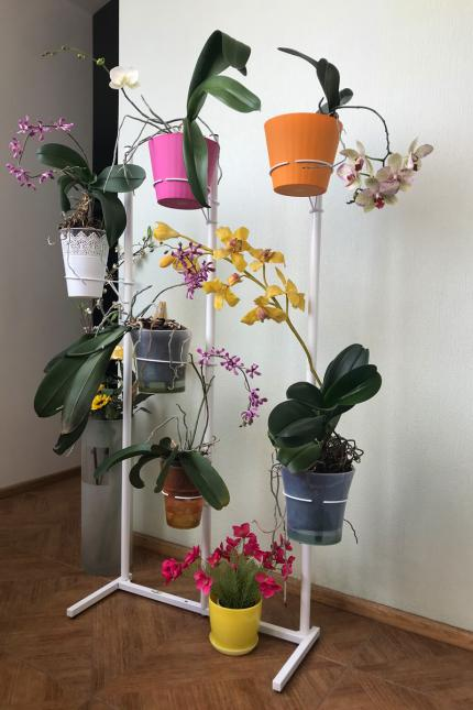 """Металлическая подставка для орхидей """"Орхидея"""" в интернет магазине тел. (098) 300 11 00"""